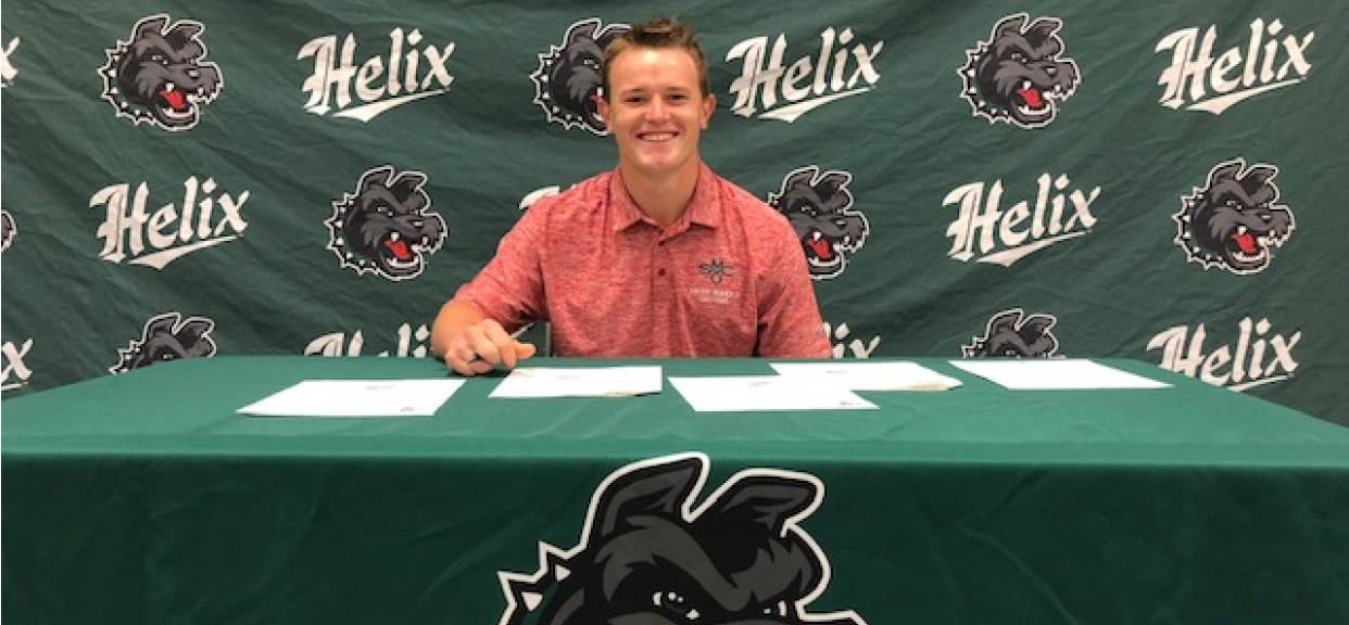 Smelko Signs NLI with St. Mary's