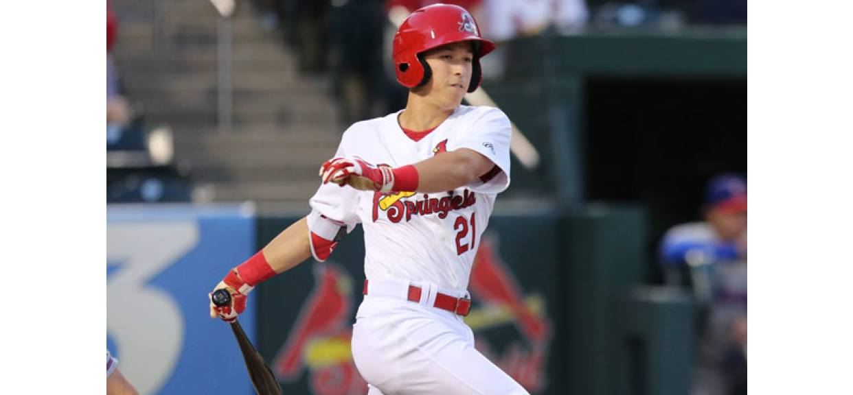 TOMMY EDMAN MAKING HIS WAY AS A UTILITY PLAYER FOR THE SPRINGFIELD CARDINALS