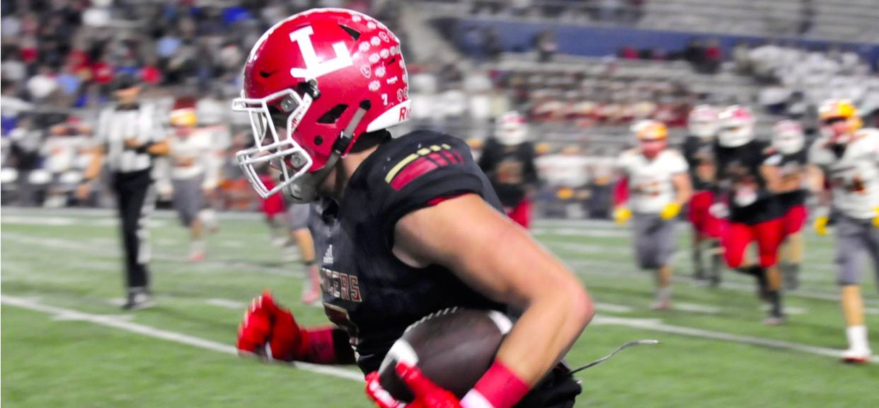 Mojarro & Rae Named As Top 10 Tight Ends in OC