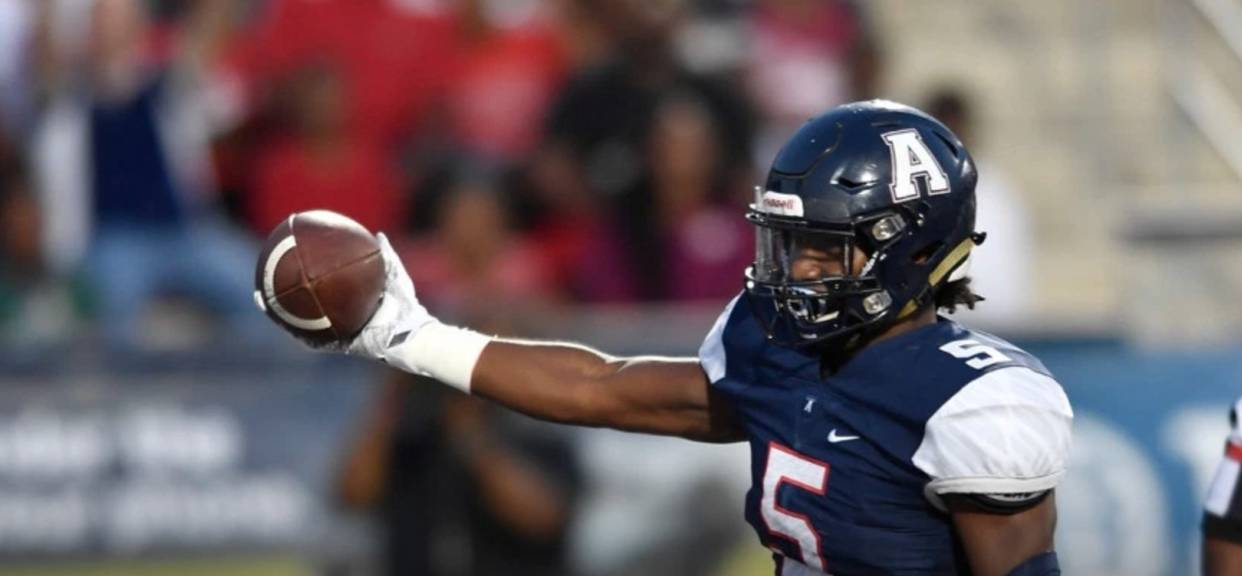 No. 4 Allen holds off Coppell - Streak at 47