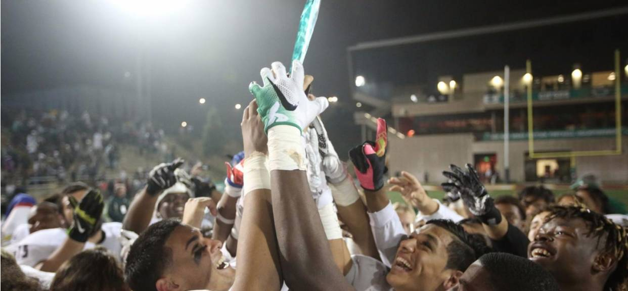 Helix defeats No. 1-ranked Mission Hills for Open Division title